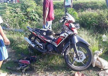 Gak Bisa Tidur Nyenyak, Honda Supra X Ringsek Pemotor Terkapar Jadi Korban Tabrak Lari, Bemper dan Pelat Nomor Mobil Malah Ketinggalan