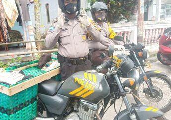 Mantap, Demi Memudahkan Pendistribusian Sembako, Motor Patroli Polisi Ini Dimodifikasi Menggunakan Keranjang Tambahan