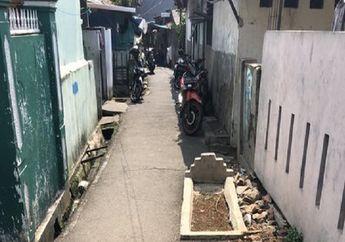 Bulu Kuduk Langsung Merinding, Kuburan di Gang Sempit Ikut Parkir Bareng Motor, Artis Abdel Achrian Sampai Ikut Komentar