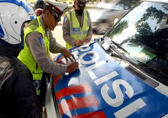 Murah Banget Info Denda Tilang Terbaru Beredar, Tak Punya STNK dan SIM Hanya Rp 25 Ribu ditanggapi Polisi