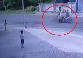 Ngilu Banget! Video Detik-detik Anak Kecil Terpelanting Jadi Korban Tabrak Lari, Begini Kronologinya