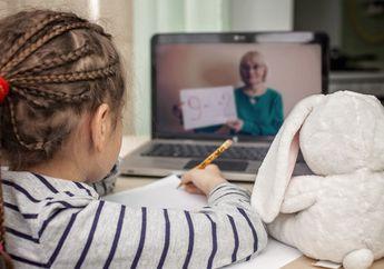 Horeee, 1.3 Juta Siswa Dapat Paket Kuota Internet Gratis 10 GBUntuk Belajar Dari Rumah, Kamu Termasuk Enggak?