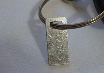 Besi Bukan Sembarang Besi, Pernah Perhatiin Gak Plat Besi Kecil Di Kunci? Jangan Sampai Hilang Bro Manfaatnya Banyak Tuh, Ini Dia ...
