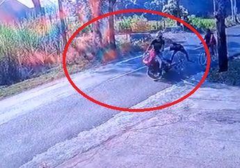 Siapa yang Salah Nih? Pemotor Ngebut Tabrak Pesepeda Jalan Berjejer Sampe Ambyar