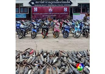 Gak Cuma di Indonesia, Negara ini Juga Rajin Razia Knalpot Brong Sampai Dilindes Alat Berat, Netizen: Anak Mber Pucet Lihatnya