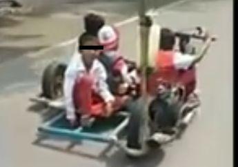 Ngeri-Ngeri Sedap! 4 Bocah SD Jalan-Jalan Pake Motor Modifikasi Ekstrem, Warganet: Ekstrem Sejak Dini