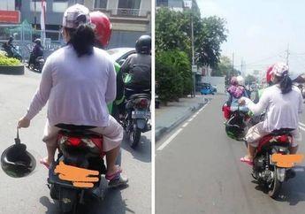 Jangan Dicontoh, Bukannya di Pakai Penumpang Ini Malah Tenteng Ojol Seperti Bangkai, Netizen: Mungkin Bau
