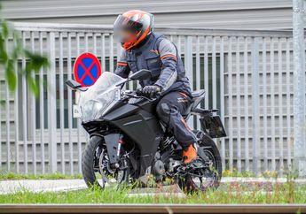 Spy Shot KTM RC 390 Terbaru Dites di Jalan Raya, Tampangnya Berubah Nih