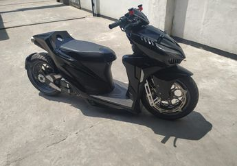 Sangar! Modifikasi Honda Vario 150 Tampang Darth Vader, Pakai Single Seat dan Air Suspension