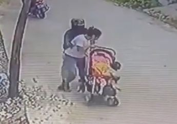 Bejat! Lagi Asuh Bayi, Wanita Ini Jadi Korban Begal Payudara dari Pengendara Motor