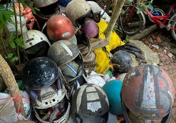 Ngeri! Pria Ini Hobi Kumpulkan Ratusan Helm Bekas Kecelakaan, Buat Apa Ya?