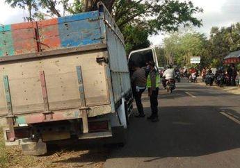 Darah Berceceran di Aspal, Pemotor Meninggal Dunia Usai Tabrakan Adu Banteng Lawan Truk, Korban Masih Pelajar