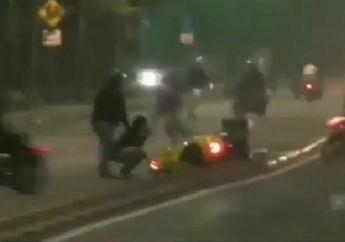 Mencekam, Video Detik-detik Pembalap Liar Kocar-Kacir Dibubarkan Polisi, Vespa Sampai Terbang