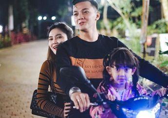 PasanganDory Harsa danNella Kharisma Boncengan Motor Pamer Kemesraan Tak Pakai Masker, Ditegur Netizen, Ini Jawaban Sang penabuh Gendang