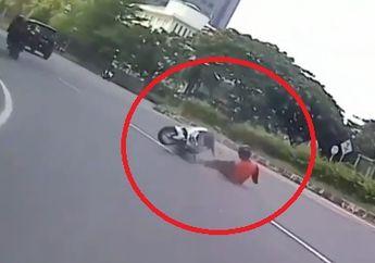 Brak! Asik Sunmori Pemotor Yamaha NMAX Nyungsep Akibat Gagal Cornering