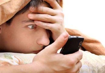 Efeknya Bahaya Banget! Bikers Hindari Kebiasaan Buka dan Lihat Ponsel Saat Baru Bangun Tidur