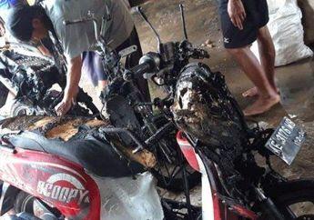 Bodi Nyaris Gosong Semua, Honda Vario Mendadak Dilalap Api Sampai Nyamber ke Scoopy, Penyebabnya Misterius