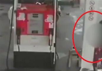 Viral Video Perampok Pakai Jaket Ojol Todong Pistol ke Petugas SPBU, Begini Fakta-faktanya