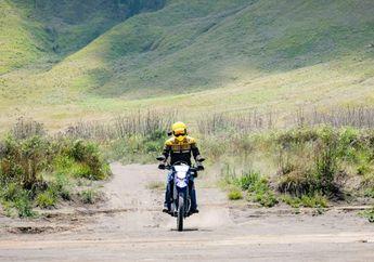 Pacu Adrenalin Libas Medan Berpasir, Biker Bali Jajal Adventure di Bromo Jawa Timur