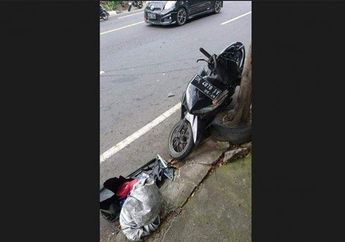 Braaakkk! Honda Vario 125 Main Potong Jalan Langsung Ambyar Diseruduk Motor Lain, Bodi Hancur Pemotor Tewas