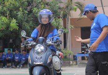 Mantap! Yamaha DDS II Jawa Barat dan YRA Gelar Webinar Edukasi Safety Riding On Road dan Off Road SMK Binaan Yamaha