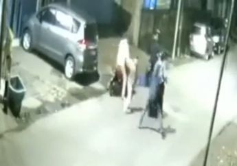 Viral Video Ojol Lawan 4 Begal  Bersenjata Tajam di Klender, Polisi Kejar Pelaku