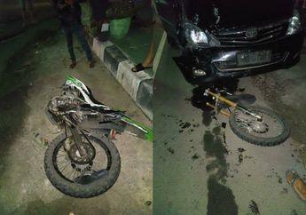 Duel Kawasaki KLX Vs Kijang Innova Sampai Belah Dua, Begini Kondisi Pemotor