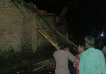 Gara-gara Angin Kencang, Pemotor Tewas Tertimpa Tembok di Cianjur