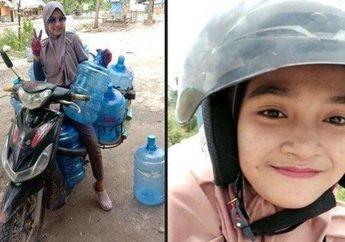 Gadis Kembang Desa Gak Malu Jadi Tukang Tambal BanDan Jualan Air Galon Pakai Motor Maticnya