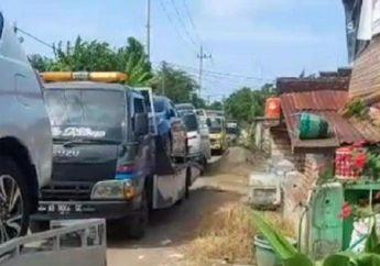 'Pecah Rekor' Kata Warga Tuban Lihat Ratusan Mobil Baru Diborong, Motor Aja Belum Pernah