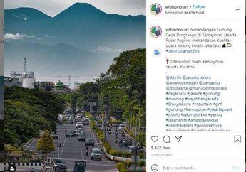 Pemotor Motret Gunung Gede Dari Flyover Kemayoran, Bisa Kena Tilang
