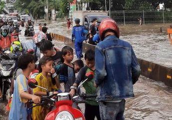 Prakiraan Cuaca Jabodetabek 21 Februari 2021, BMKG: Waspada Kebanjiran