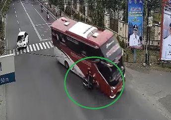 Sukoharjo Geger, Bus Seruduk Honda Supra X Bablas Sampai Hantam Pagar