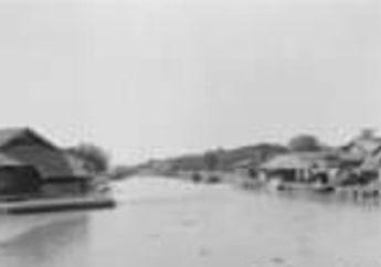 Jadul Keren: Potret Banjir di Jakarta 1932, Bukan Motor yang Terendam