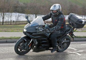 Spy Shot Motor Baru Kawasaki Ninja H2 SX 2022, Pakai Fitur Radar!