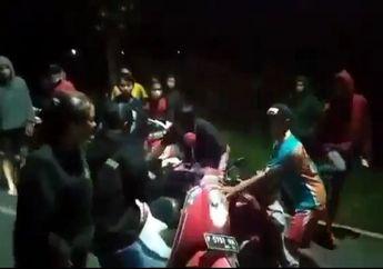 Viral Video Emak-emak Naik Honda Scoopy Seruduk Balap Liar, Langsung Bubar