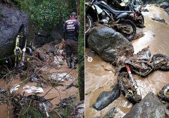 Mencekam, Video Detik-detik Puluhan Motor Trail Tereseret Banjir Bandang di Boyolali