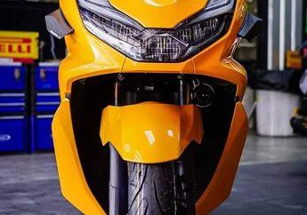 Modifikasi Honda PCX 160, Warna Bodi Mencolok, Pasok Aksesoris Mewah