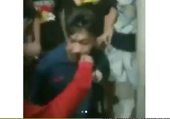Ngakak, Video Pria Dicabut Kumisnya Setelah Ketahuan Jadi Maling Motor