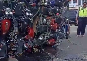 Waduh, Truk Pengangkut Puluhan Yamaha Scorpio Terguling di Jalan