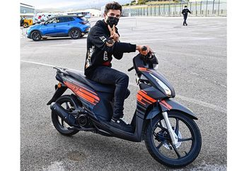 Marc Marquez Tiba di Sirkuit MotoGP Portugal, Pakai Honda BeAT Eropa