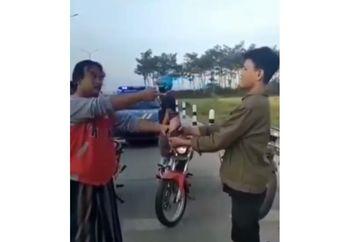 Sering Main Mercon di Jalan, Polisi Kasih Hukuman Shock Therapy