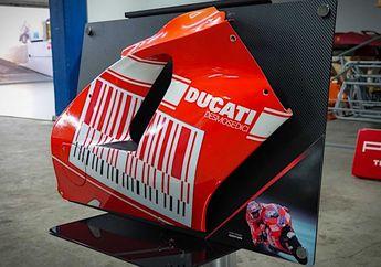 Wow, Fairing Motor Bekas Pembalap MotoGP Casey Stoner Dibuat Pajangan, Harga Tembus Segini!