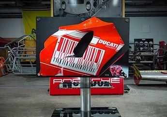 Bikin Gemetar, Fairing Motor MotoGP Casey Stoner Dijual Setara 3 Yamaha NMAX