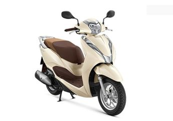 Tampang Mirip Vespa, Motor Thailand ini Ternyata Keluaran Honda Loh