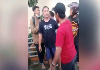 Viral Video Debt Collector Main Tarik Motor, Langsung Dikeroyok Warga
