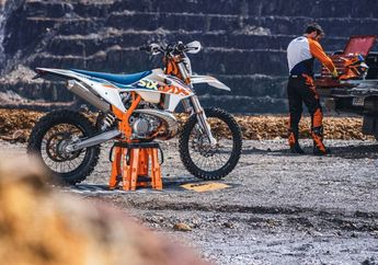 Wow, KTM Rilis Jajaran Motor Trail Seri Enduro EXC 2022, Ada 2-Tak Juga