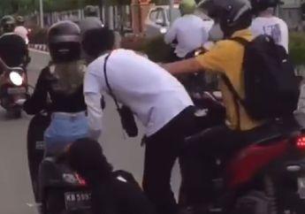 Pemotor Honda Vario Senggol Skateboarder di Singkawang, Langsung Ramai
