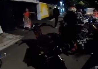 Emak-emak Ngamuk Bubarin Bikers Night Ride Pakai Knalpot Bising