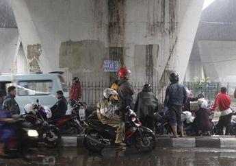 Masih Nekat Neduh di Kolong Jembatan saat Hujan? Pilih Dipenjara atau Nyawa Terancam